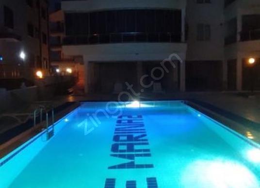 BEYAZ GRUPTAN HAVUZLU NEZİH SİTEDE GENİŞ 1+1 DAİRE - Yüzme Havuzu