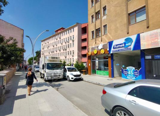 Çarşı Merkezine Yakın Cadde Cepheli Kiracılı Satılık İşyeri - Sokak Cadde Görünümü