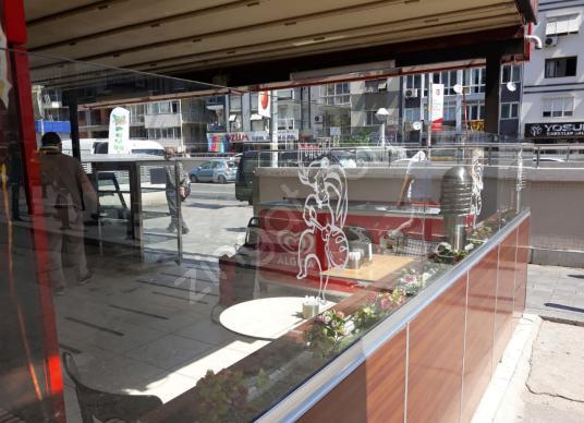 Poligon Metro Girişi Önünde Muhteşem Konumda Satılık Dükkan - Balkon - Teras