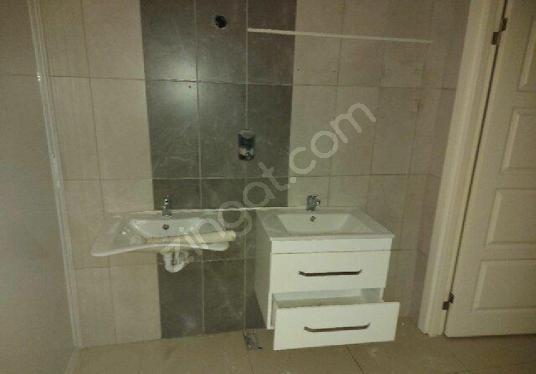KURUMSAL FİRMALARA ANAYOLA CEPHELİ 424 m²  İŞYERİ/DÜKKAN - Tuvalet