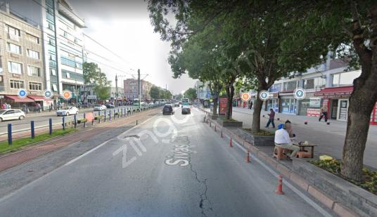 MEYDAN VE FORUM KAYSERİ ARASINDA MUHTEŞEM KONUMLU SATILIK DÜKKAN - Sokak Cadde Görünümü