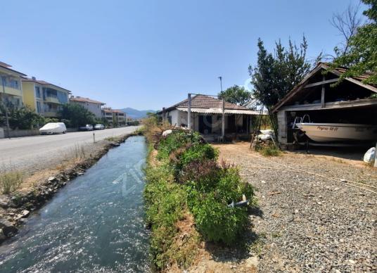 Muğla Ortaca merkezde 600 m2 arsa ve eski köy evi kiralık - Sokak Cadde Görünümü
