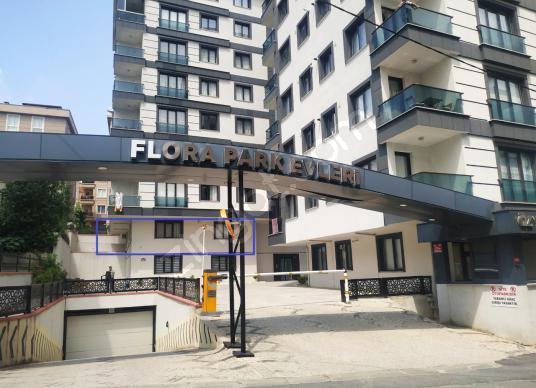 Çekmeköy Taşdelen Flora park evleri 1+1 arakat satılık daire - Dış Cephe