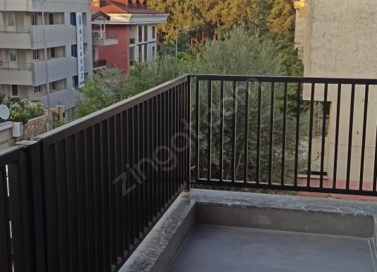 ÇAMLIK GİRİŞİNE ÇOK YAKIN 2+1 85 M2 SIFIR LÜX SATILIK İŞYERİ - Balkon - Teras