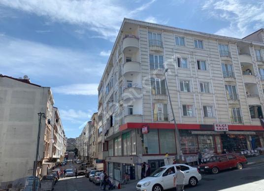 ESENYURT MANDIRA CADDESİ ÜZERİ 3+1 - 130 m2 -ASANSÖRLÜ - Sokak Cadde Görünümü