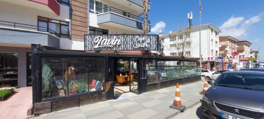 ÖVEÇLER'DE CADDE ÜZERİ,BACALI 200 m² DEVREN KİRALIK CAFE - Sokak Cadde Görünümü
