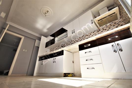220 square meters 5+1 bedrooms Apartment For Sale in Edremit, Balıkesir - Mutfak