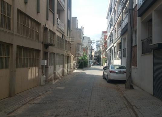 KARŞIYAKA ŞEMİKLERDE SATILIK DÜKKAN - Sokak Cadde Görünümü