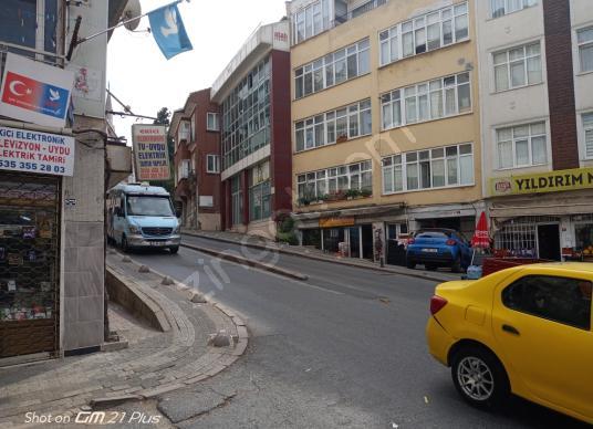 Üsküdar Mimar Sinan'da Satılık Dükkan / Mağaza - Sokak Cadde Görünümü
