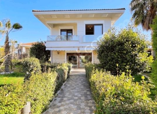 Kemer çamyuva'da ultra lüx satılık villa - Bahçe