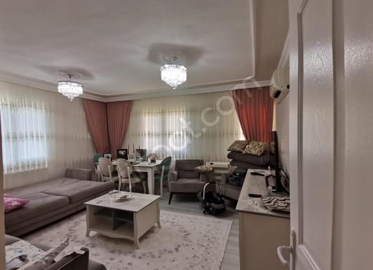 BORNOVA RAFETPAŞADA TADİLATLI FERAH 3+1 DAİRE - Salon
