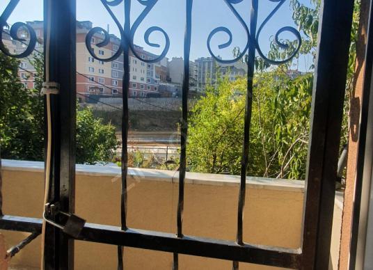 ÇEKMEKÖY MERKEZ MAHALLESİN DE 100 M2 KİRALIK 2+1 DAİRE - Balkon - Teras