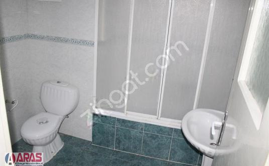 ARAS EMLAK Sarnıç Hürriyet Mh'de 3+1 150m² D.gazlı Kiralık Daire - Tuvalet