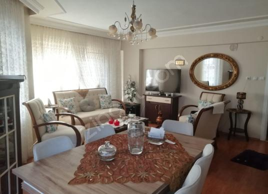 GEMLİK'TE SATILIK 3+1 DAİRE - Salon