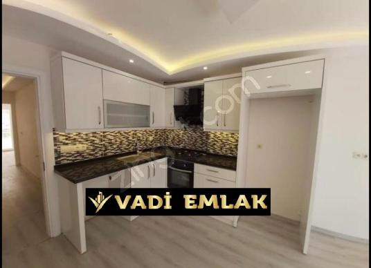 90 square meters 2+1 bedrooms Apartment For Sale in Kuşadası, Aydın - Mutfak