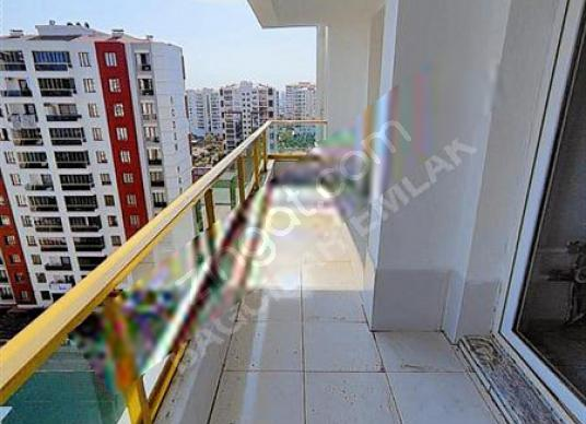 HAVUZLU GUVENLİKLİ SATILIK LUKS DAİRE STAD YOLU GO PETROL ARKASI - Balkon - Teras