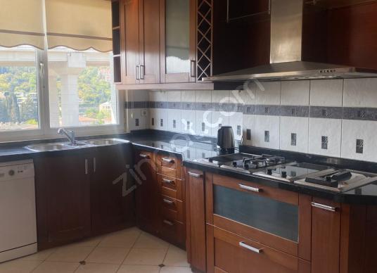 Beşiktaş, Ortaköyde teraslı 3+1 site içerisinde Lüks daire - Mutfak