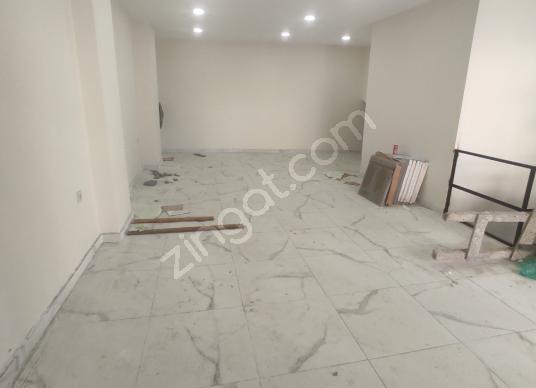 Gaziosmanpaşa'da Satılık 2 Katlı Sıfır Dükkan - Antre Hol