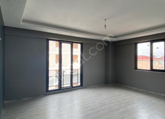 Tuzla Yayla Mahallesinde 4+1 Kiralık sıfır dubleks daire - Salon