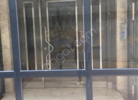 Anka'dan Ataşehir İçerenköy Merkezde 7+1 Bölünmüş Kiralık - Salon