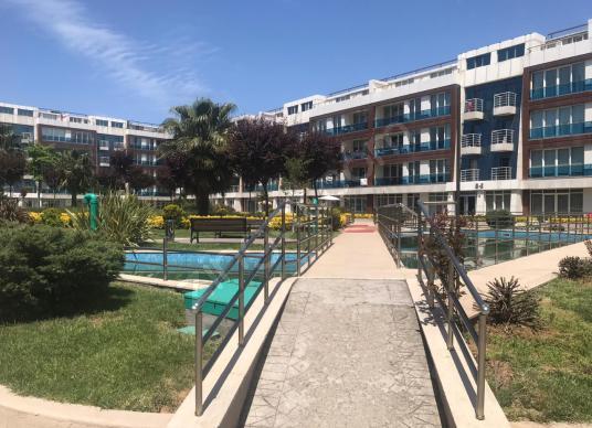 AKÇADAĞ GAYRİMENKUL'DEN LÜKS SİTE İÇERİSİNDE EŞYALI 1+1 KONUT - Yüzme Havuzu