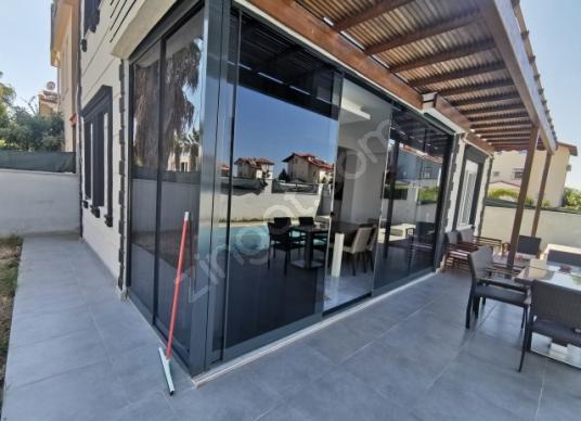 Serik Kadriye'de 4+1 mustakil villa - Balkon - Teras