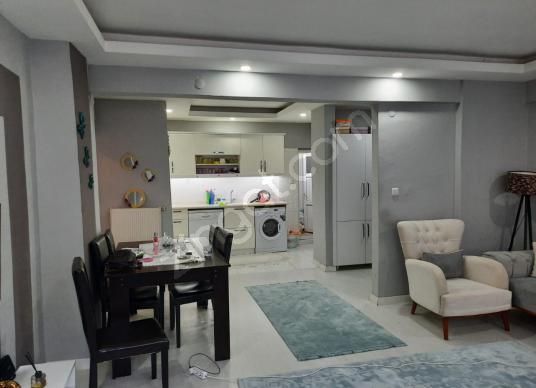 Gazi Caddesi altında eşyalı, içi yapılı 2+1 daire - Salon