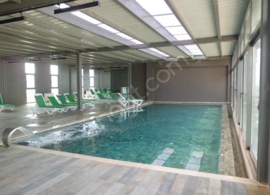 Bayraklı Ontan Residence 1+1 Satılık Daire Elvan Erdemgil den - Yüzme Havuzu