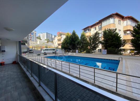 KUŞADASI KADINLAR DENİZİNDE SATILIK 2+1 BAHÇE KATI DAİRE - Balkon - Teras