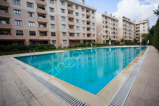 REMAX GERÇEKTEN YEŞİL BELGRAD EVLERİ 157 m2 3+1 DAİRE - Yüzme Havuzu