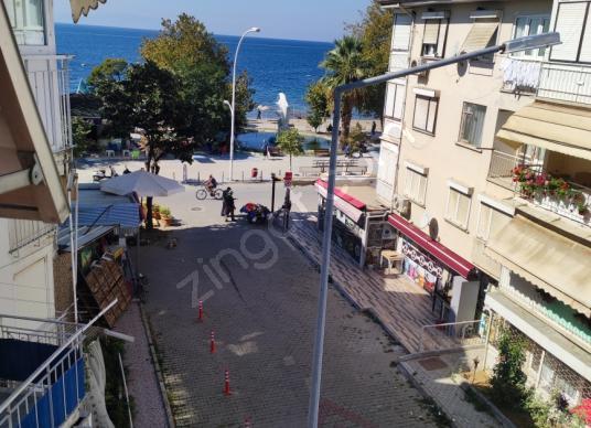 Gemlik K.kumla Feyza emlaktan satılık daire deniz görür - Sokak Cadde Görünümü