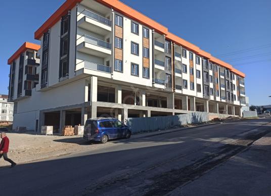 AKÇABURGAZ MAH. İŞLEK CADDE ÜZERİ 390 m² TEKSTİL ATÖLYE MAĞAZA - Dış Cephe