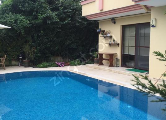 SARIYER TARABYA'DA HAVUZLU VATANDAŞLIĞA UYGUN SAHİLE YAKIN 2+1 - Yüzme Havuzu