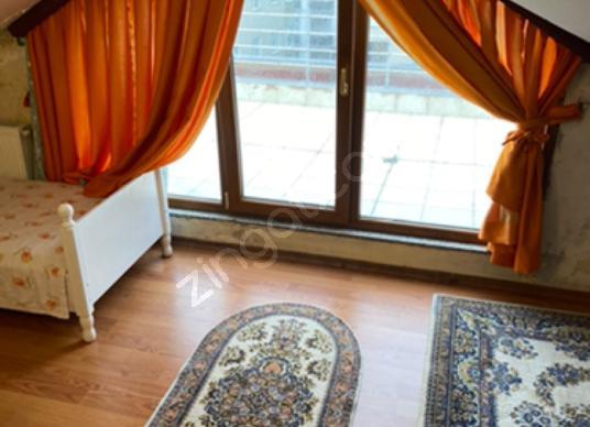 Ataşehir Yeditepe üniv. 2 dk 1+1 Kısmi Eşyalı Teras Çift - Salon