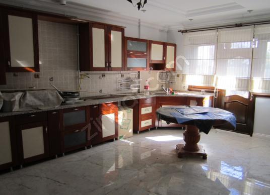 YUNUSKENT MAH.3+1 200 M2 KOMBİLİ,ASANSÖRLÜ KİRALIK DAİRE - Mutfak
