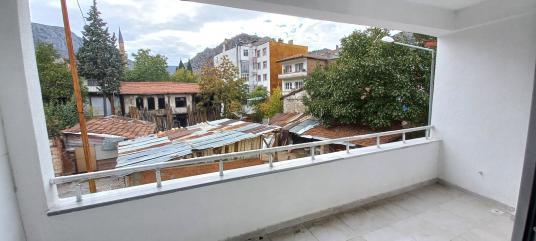 Koçaker'den Amasya Merkez Beyazıtpaşa'da 3+1 Dairemiz satılıktır - Balkon - Teras